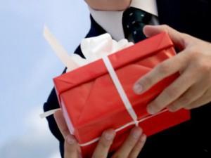 Какие подарки дарят мужчины